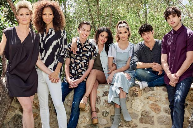 170630-news-the-fosters-cast.jpg