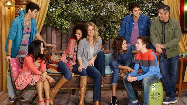 freeform-renews-the-fosters-for-fifth-season-01